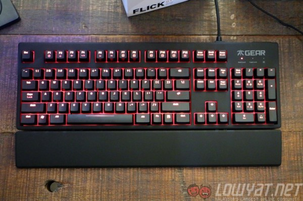 fnatic-gear-rush-mechanical-keyboard-1