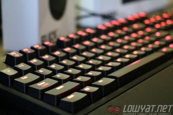 fnatic-gear-rush-mechanical-keyboard-2