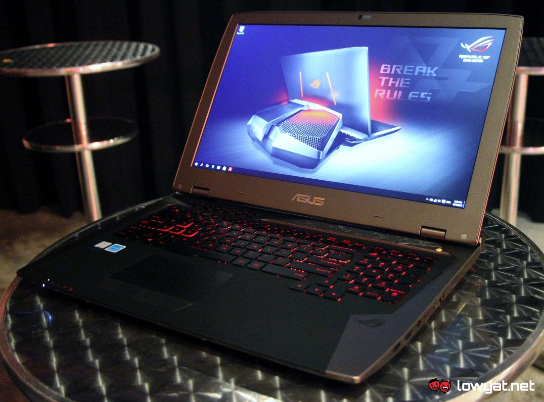 asus officially launches the liquid cooled rog gx700. Black Bedroom Furniture Sets. Home Design Ideas