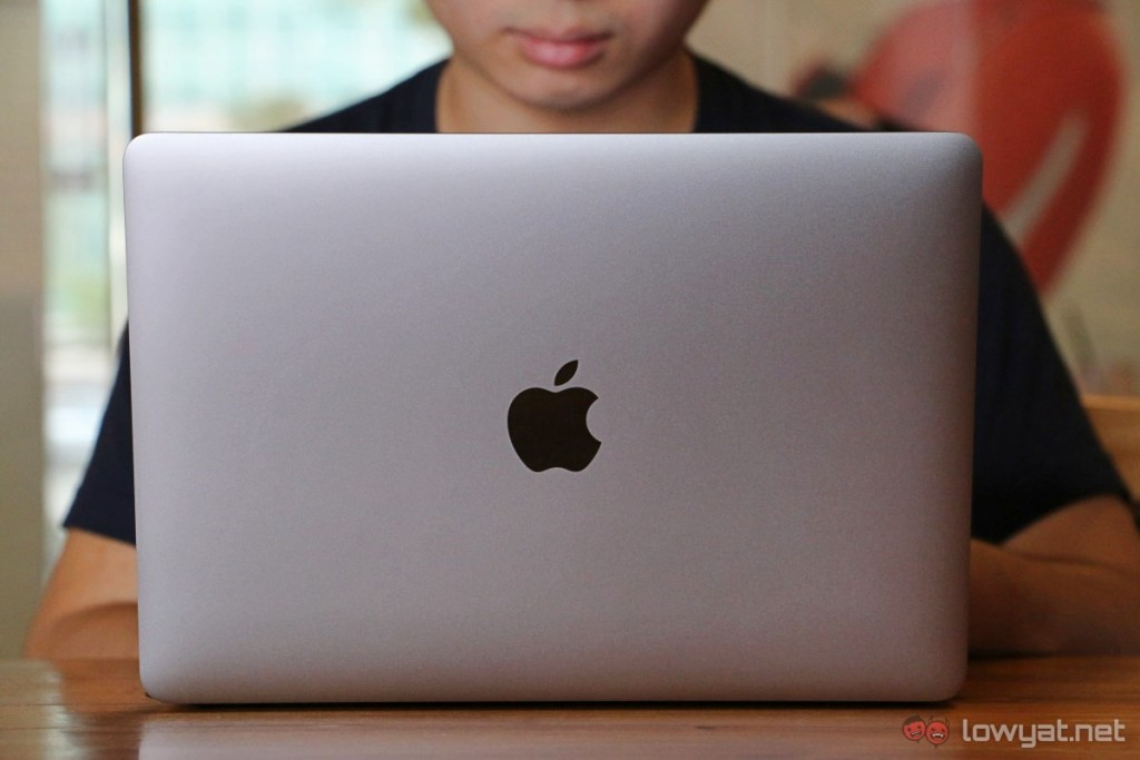 Apple-MacBook-2015-How-Can-I-Live-43