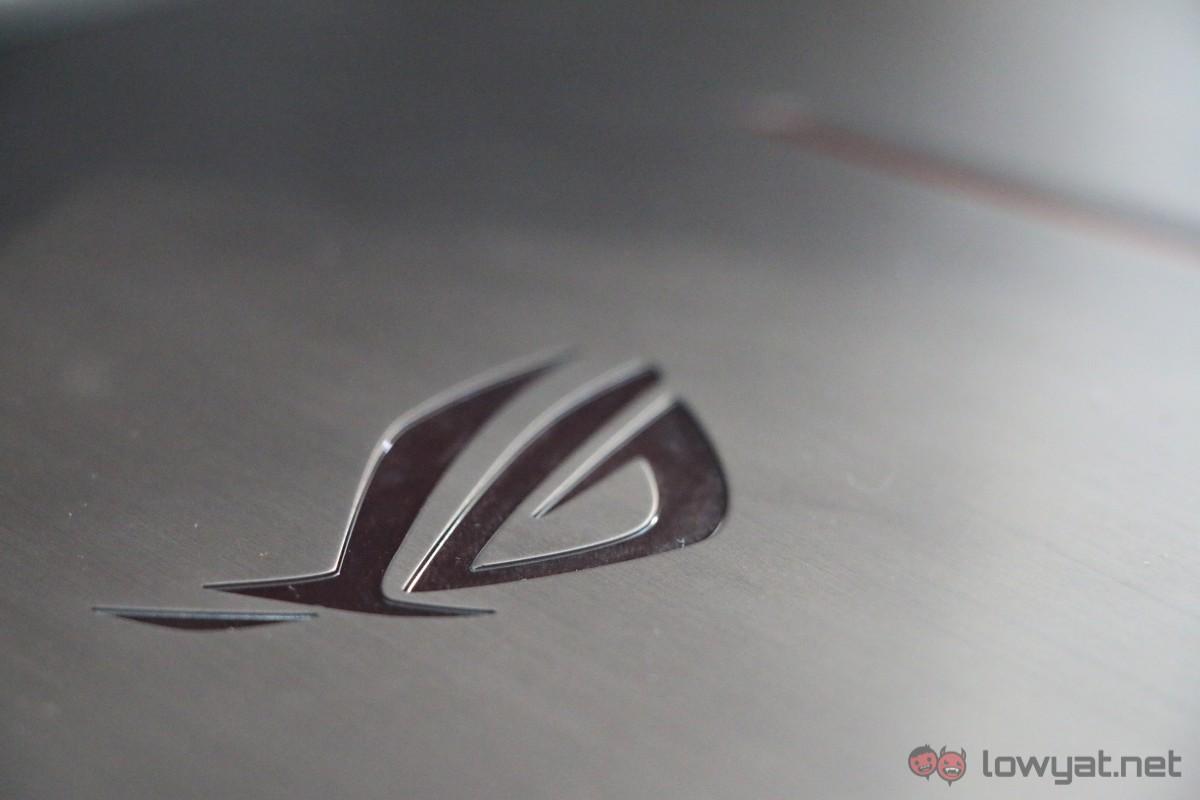 Asus-GX700-Liquid-Cooled-Gaming-Laptop-Review-21