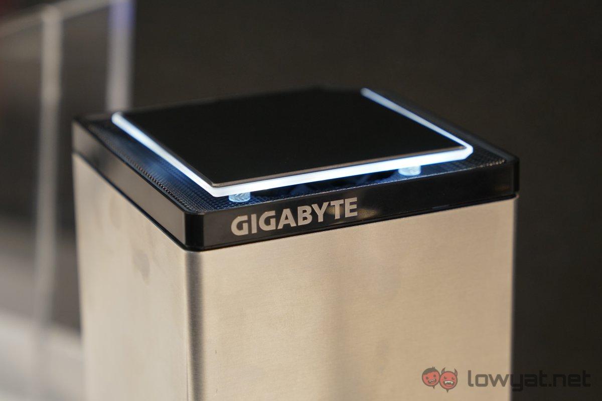 Gigabyte-Brix-UHD-02
