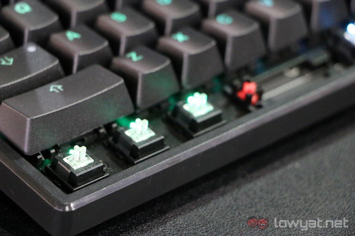 ducky-flaretech-adomax-keyboard-1