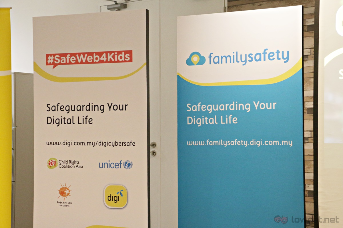 Digi Family Safety App Bunting