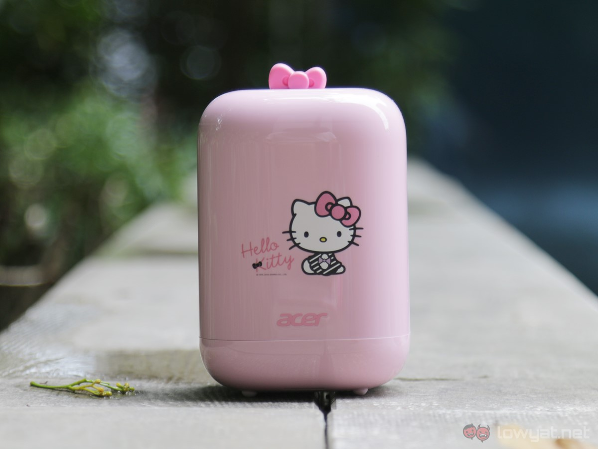 Acer-Hello-Kitty-Revo-One-PC-Desktop-10