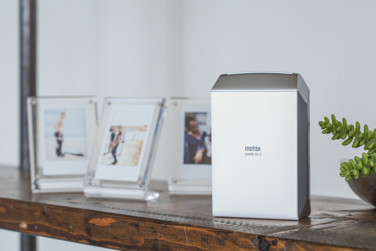 Color printing lowyat - The Instax Share Series Comprises Of Instant Film Printers That Print Photos Directly From Your Smartphone A Follow Up To The Sp 1