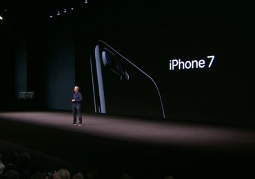 Apple-iPhone-7-77