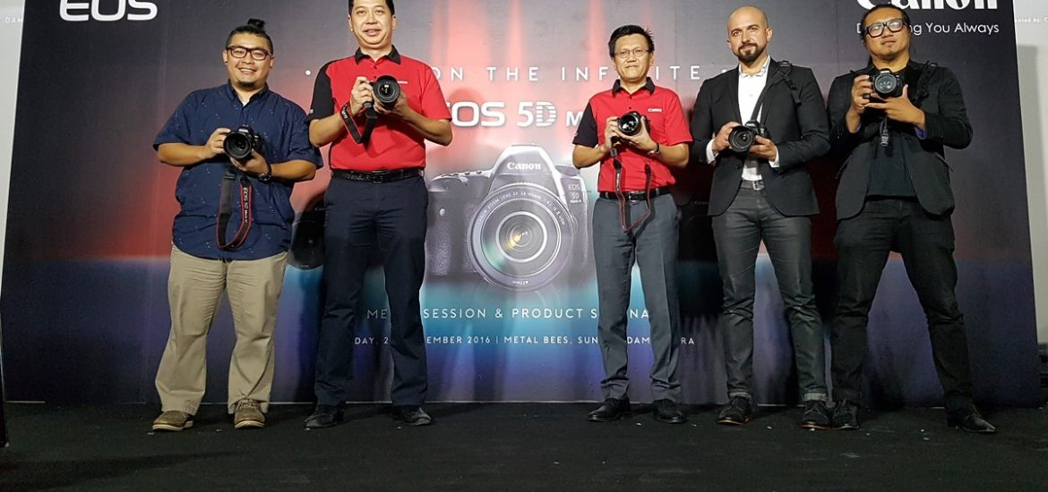 Canon-EOS-5D-Mark-IV-4-Launch-20160925_101049
