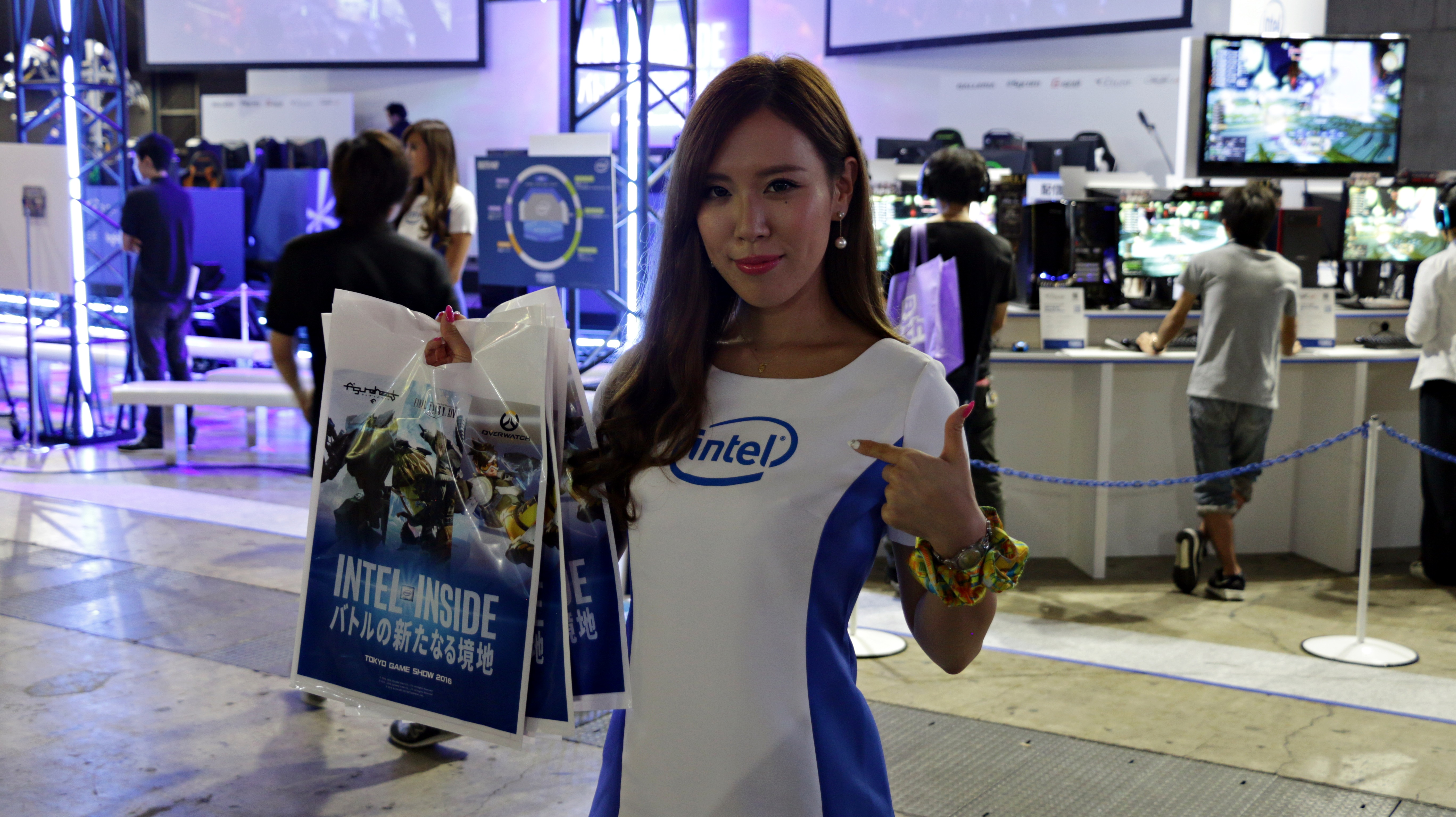 Intel Booth Babe TGS 2016
