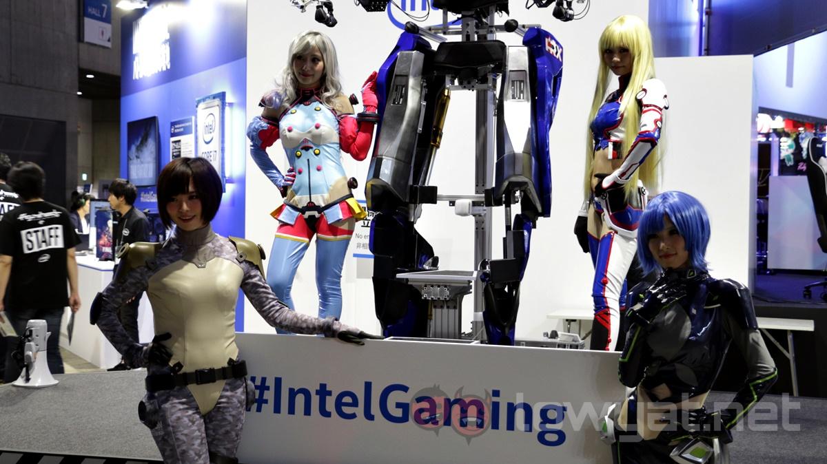 Intel Mecha Booth Babe TGS 2016