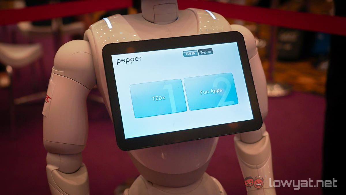 pepperrobot-9