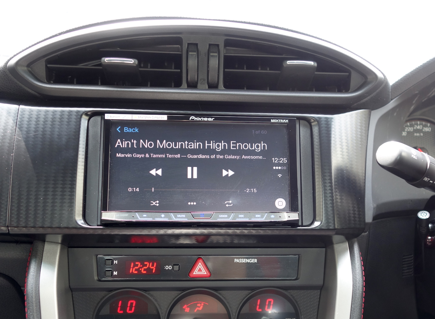 Music on Pioneer X8850BT CarPlay
