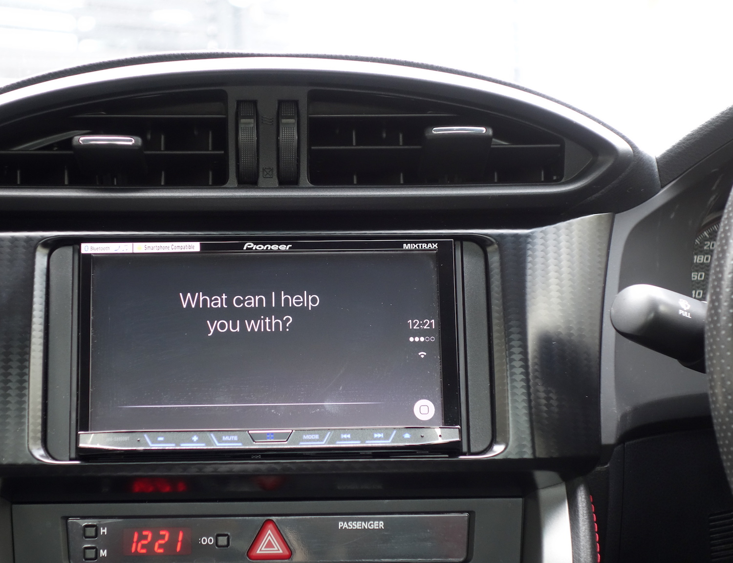 Siri on Pioneer X8850BT CarPlay