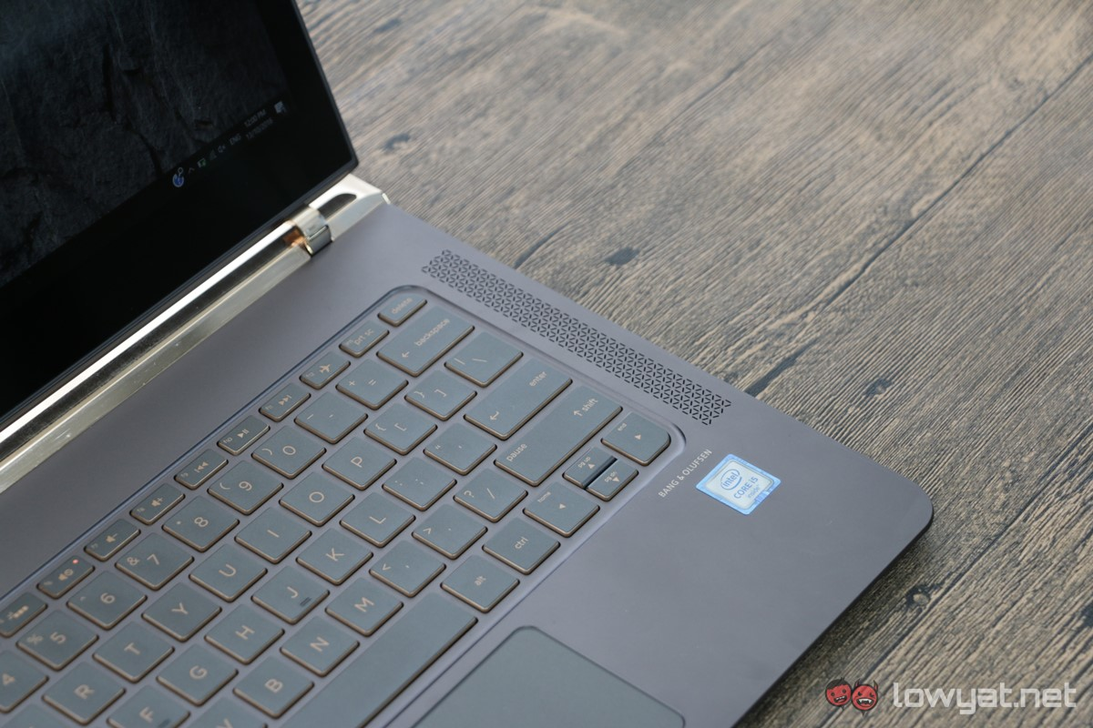 HP-Spectre-13-Laptop-Review-015