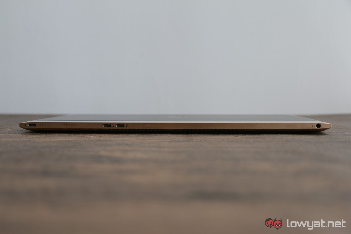 HP-Spectre-13-Laptop-Review-044