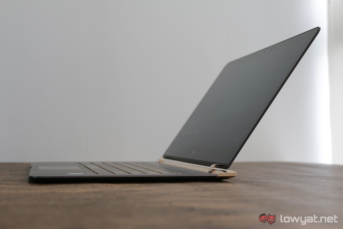 HP-Spectre-13-Laptop-Review-058