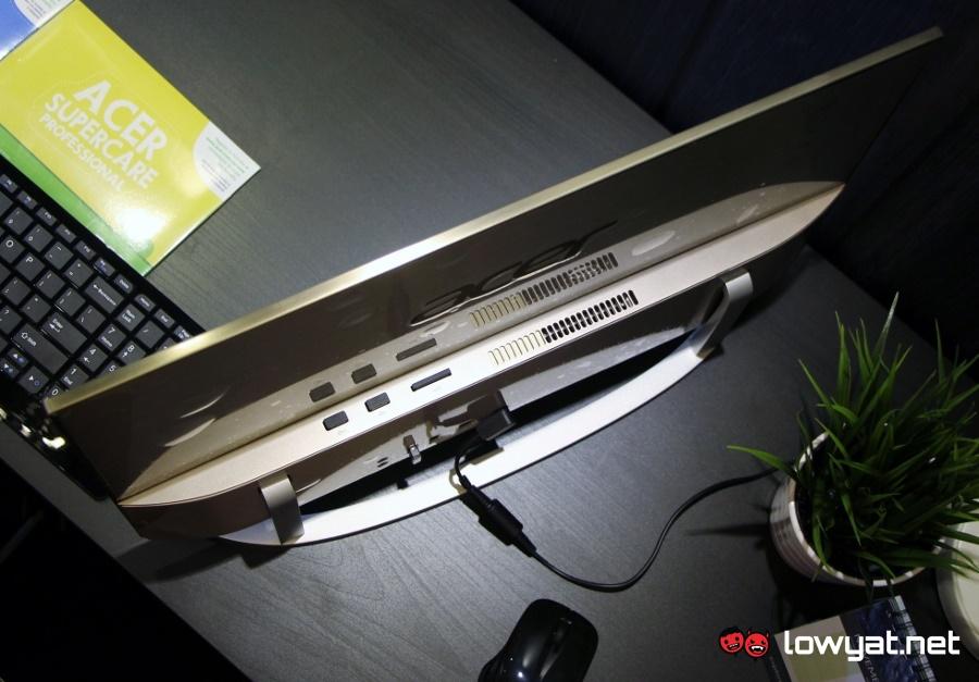 LYN-Acer-Aspire-C22-MY03