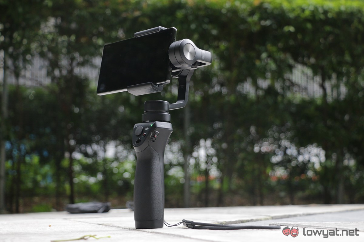 DJI-Osmo-Mobile-Lightning-Review-30