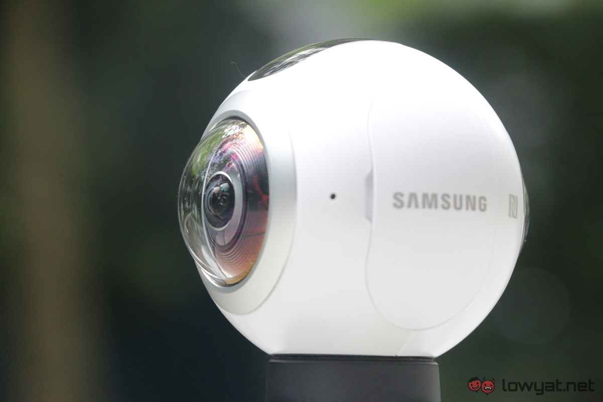 Samsung-Gear-360-Camera-Lightning-Review-17