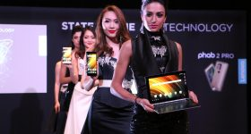 lenovo-phab-2-yoga-book-my-launch-4