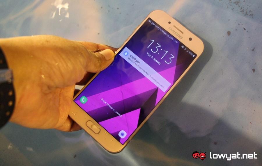 LYN-Samsung-Galaxy-A5-2017-02