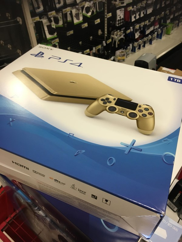 Gold PlayStation 4