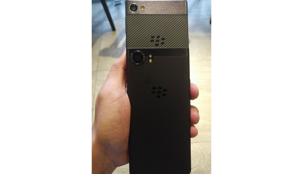 The BlackBerry smartphone Motion appeared on the new renderer