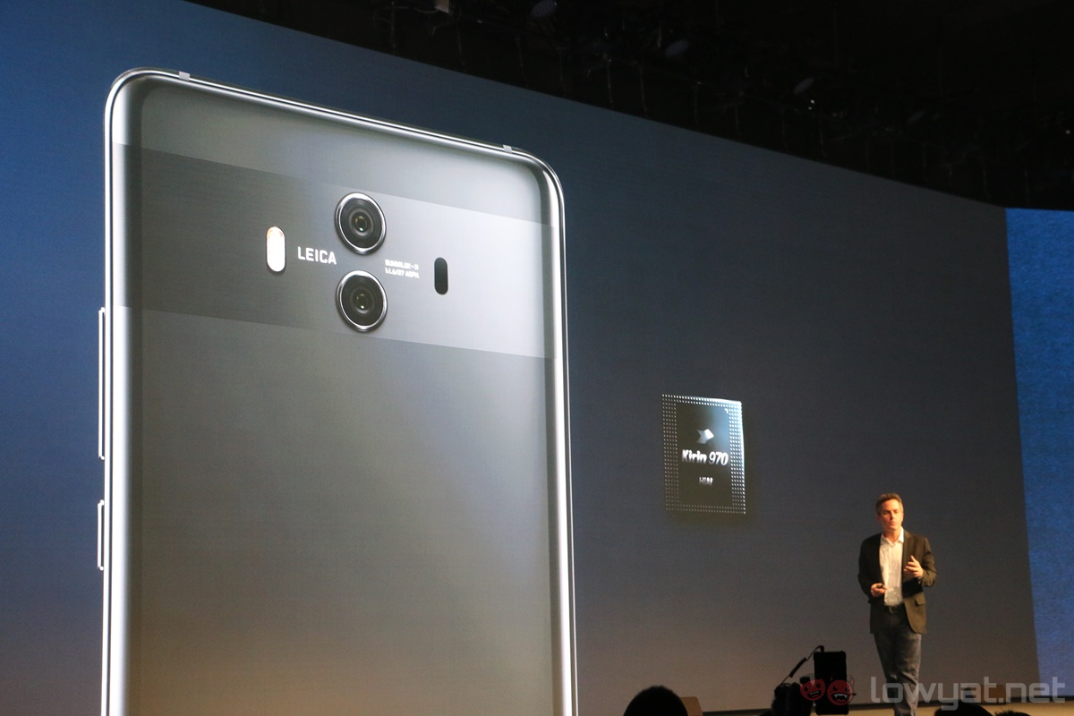 Huawei Mate 10 Official with Standard 16:9 QHD Display, Tiny Bezels