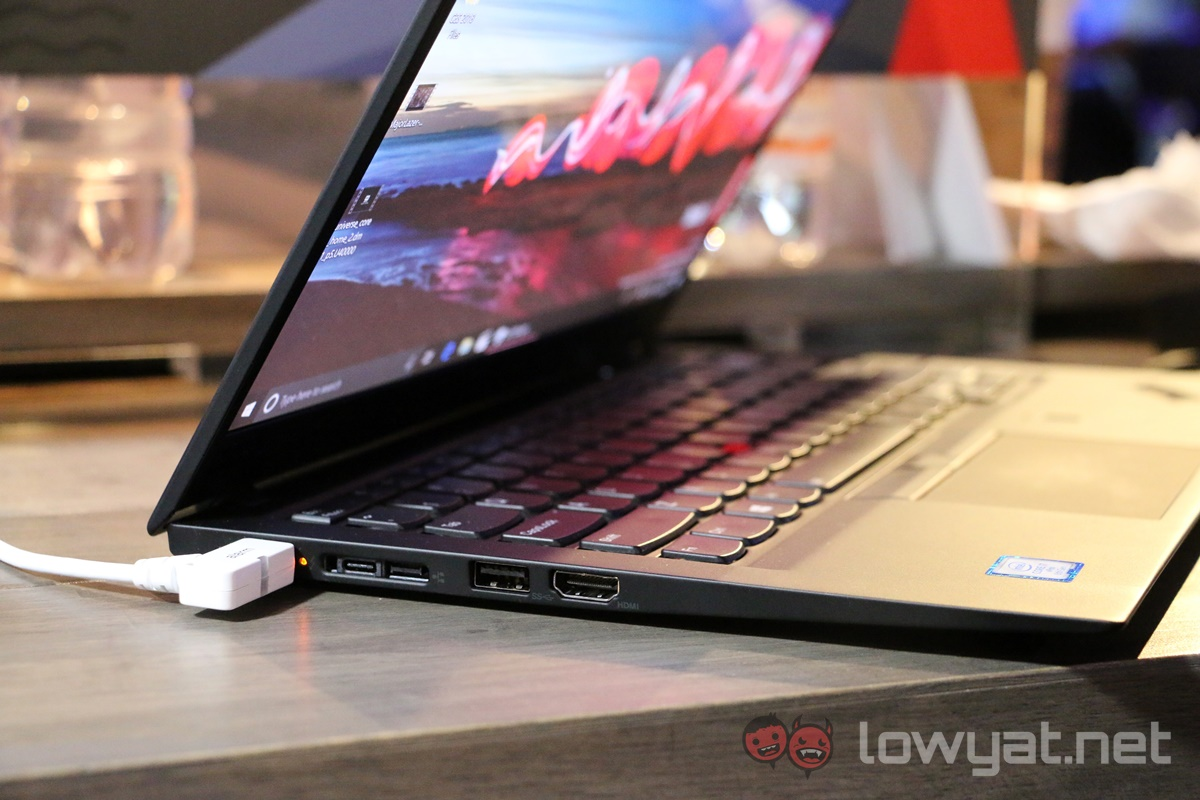 Lenovo ThinkPad X1 Carbon (2018) Hands On: So, So Close - The Laptop Review