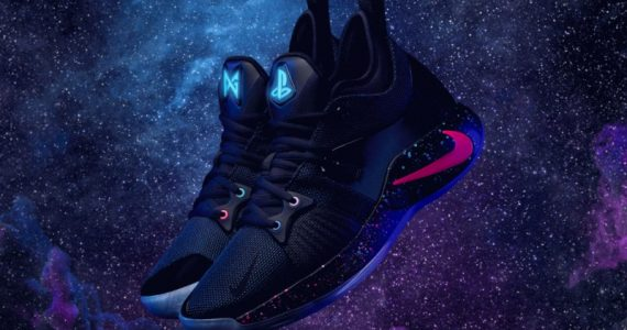 Nike Debuts HyperAdapt : All New Shoes With Fully Functional Self