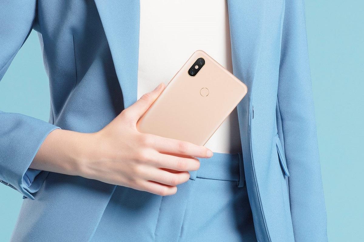 Xiaomi Mi Max 3 v/s Mi Max 2