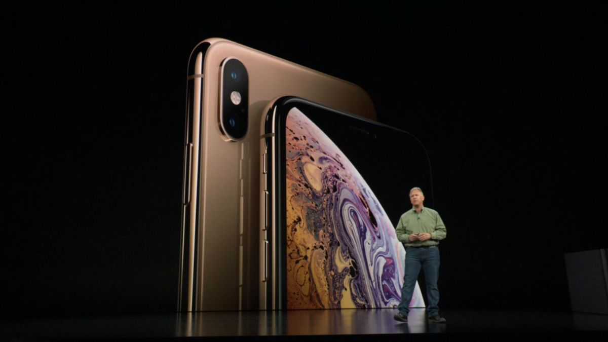 10 things you need to know about the new iPhones