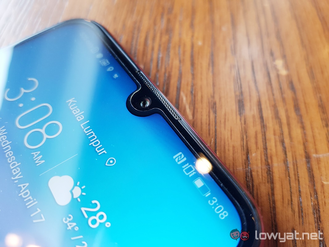 Honor 20 Pro leak hints at quad cameras and gradient color scheme