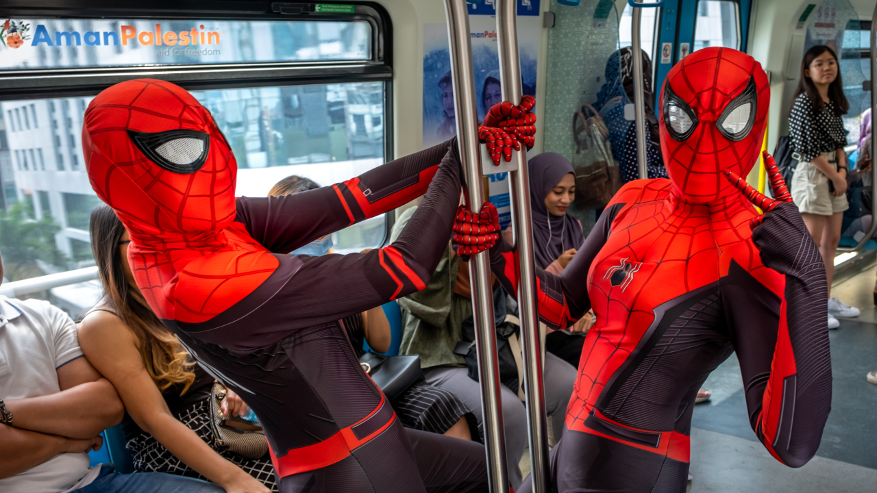 Marvel's Spider-Man patch adds free Far From Home DLC today
