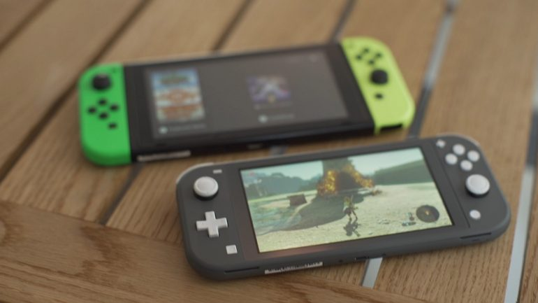 Nintendo Switch Lite size difference IGN