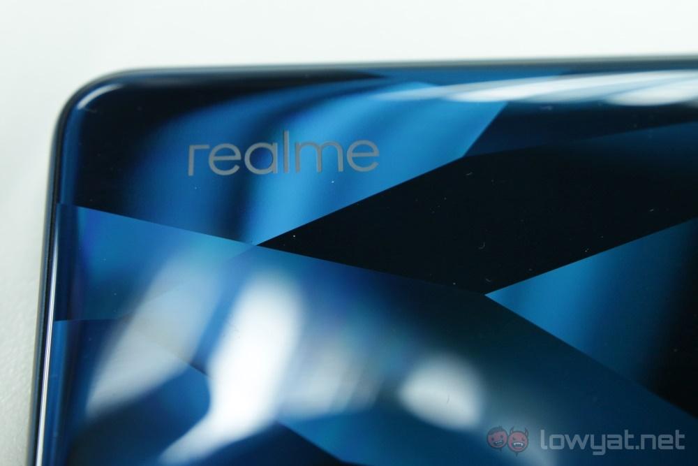 realme 5 Pro branding