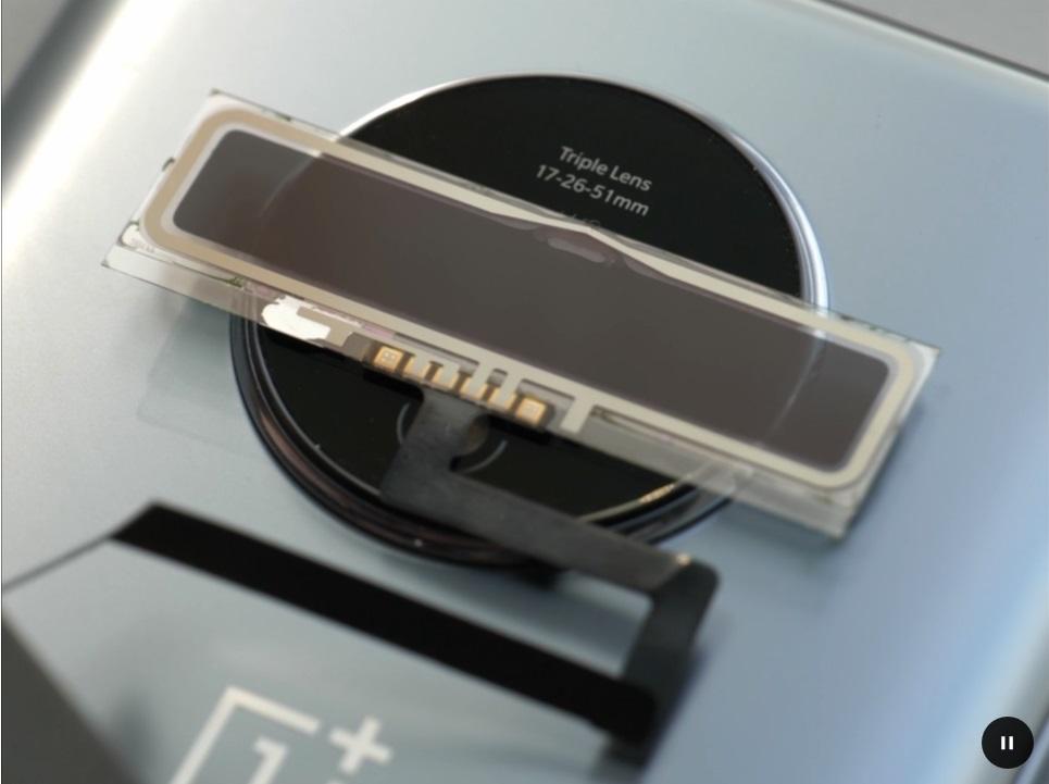 Electrochromic glass opaque