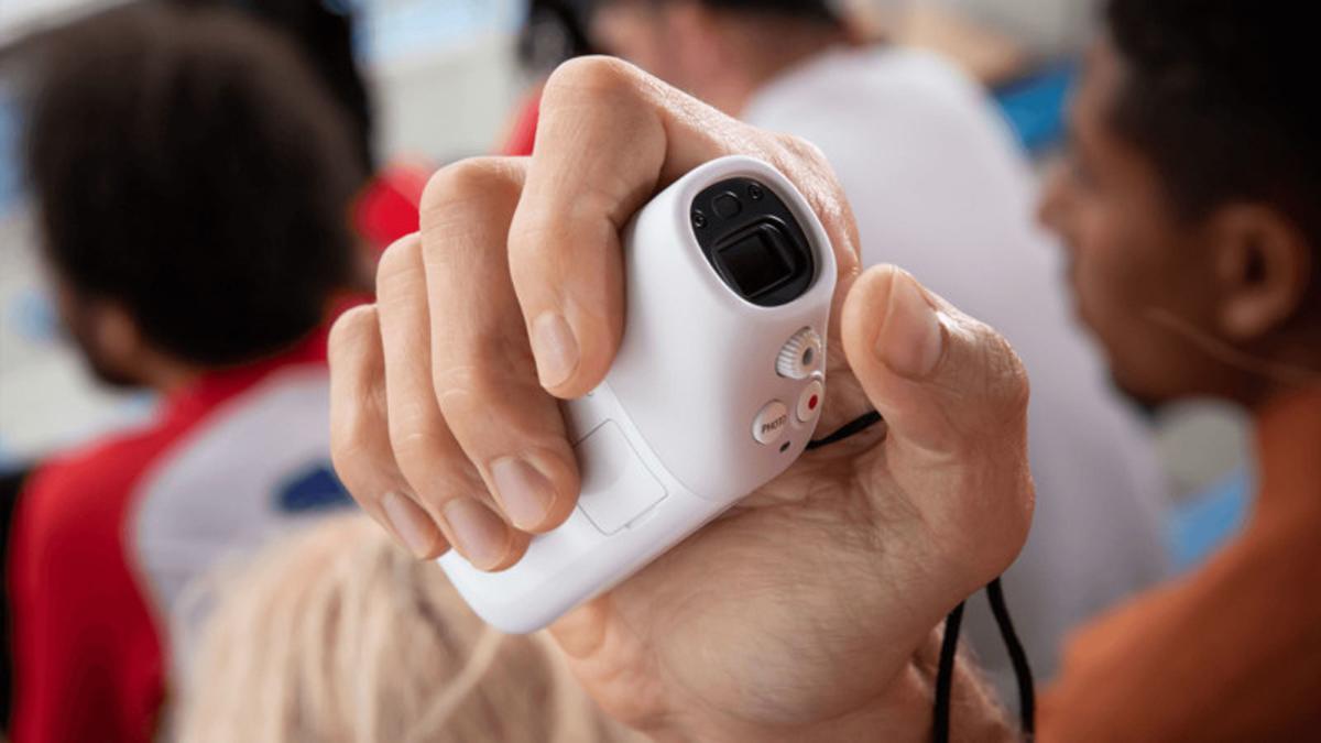Canon Unveils PowerShot Zoom Monocular Camera
