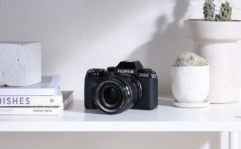Fujifilm X-S10 mirrorless camera Malaysia