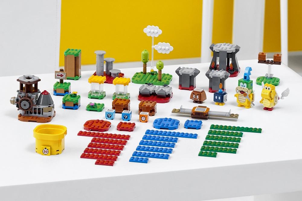 LEGO Super Mario Master Your Adventure Maker Set pieces