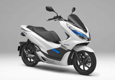 Honda KTM Piaggio Yamaha Forms Swappable Electric Batteries Consortium For Electric Motorcycles