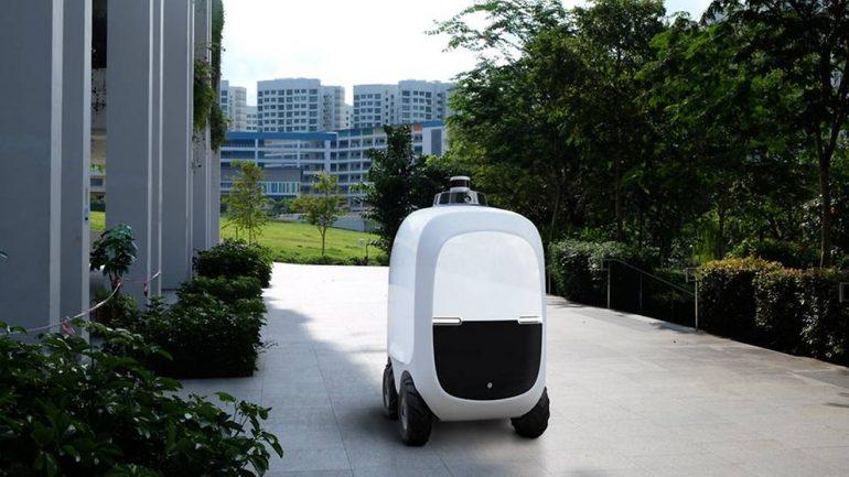 OTSAW Camello autonomous delivery robot