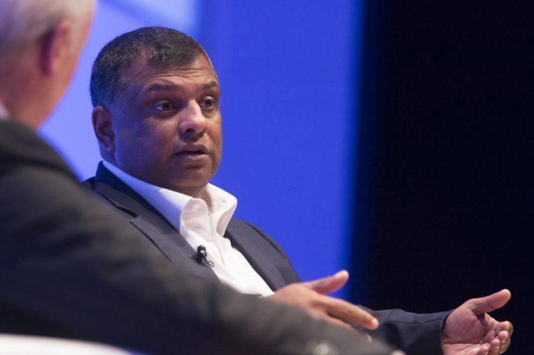 AirAsia Tony Fernandes Rehire