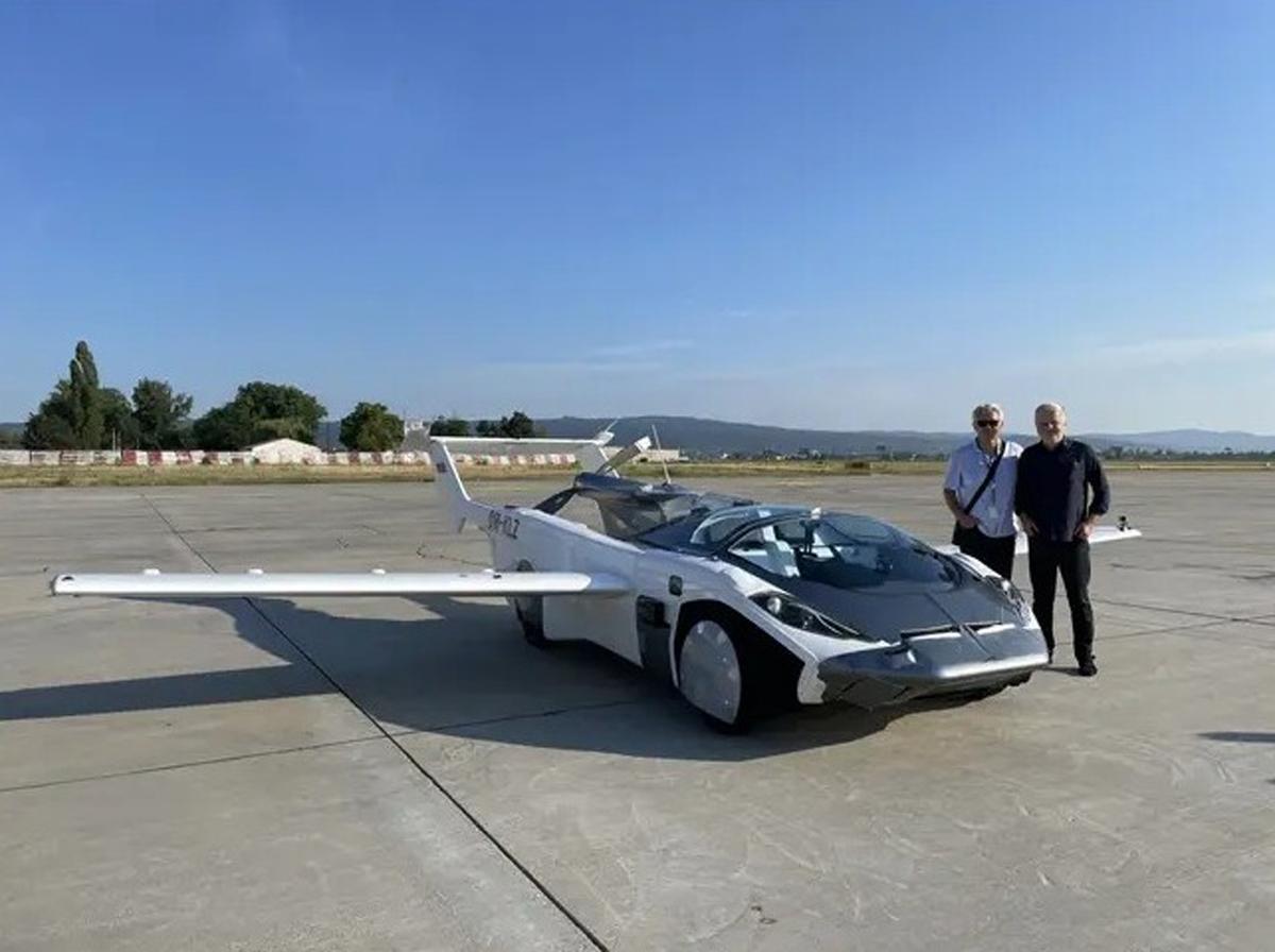 AirCar Klein Vision Flying Car Inter-city Test Flight
