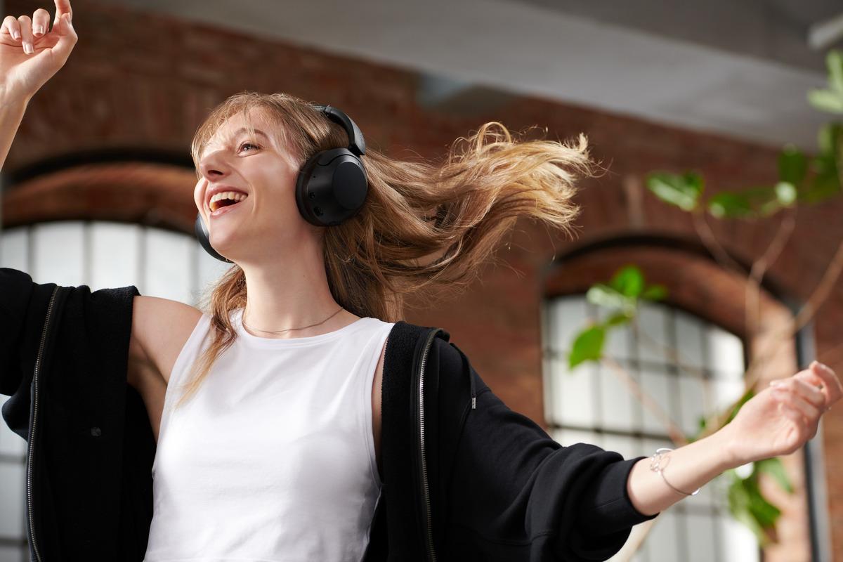 Sony WF-C500 WH-XB910N earbuds headphones Malaysia price
